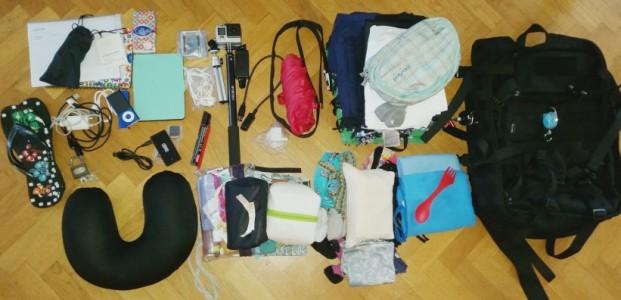 jak spakować się w bagaż podręczny