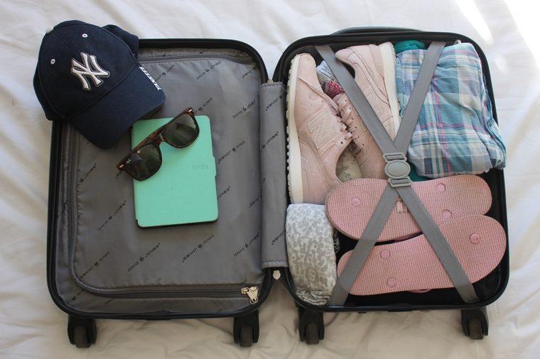 Jak spakować się na 2 tygodnie urlopu? – bagaż podręczny Wizzair Ryanair